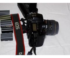 Canon EOS 5D Mark fényképezőgép tartozékaival eladó